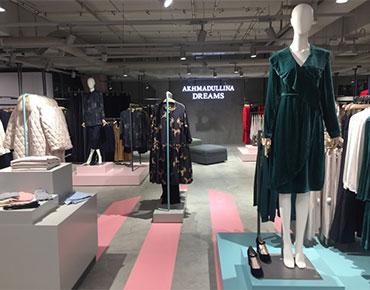 Fashion пространство Underline Мега Теплый стан, манекены Window France из коллекции Voluptuous